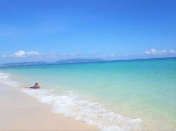 【複数名募集】沖縄で農業のアルバイト♪美しい海、美しい空!暖かい沖縄で一緒に働きませんか?■寮完備■