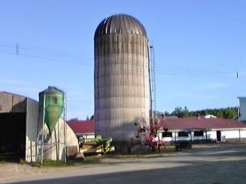 《週休2日・実働7時間》1頭1頭を大切に。搾乳牛55頭の小規模牧場で過ごす、「自然な」生活!◆家具、家電完備住宅有◆