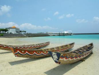沖縄の自然豊かな島でリゾートバイト!全国から集った仲間と島暮らしの楽しさを堪能しましょう♪【寮費・光熱費無料】