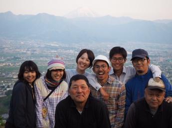 【研修生&アルバイト募集】さくらんぼ&もも&ぶどうが育つ畑を見てみませんか?【富士山の見える寮完備】