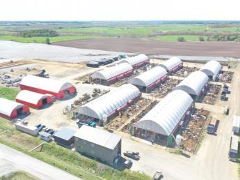 =動物が好きな方、牛が好きな方大歓迎!= 週休2日で牧場のお仕事初めてみませんか?育成部門・搾乳部門ともに募集中★