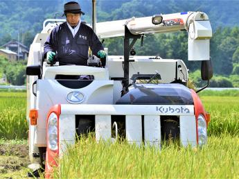 短期でできる稲刈りのお手伝い! 【MT免許者向け】コンバイン収穫アルバイト